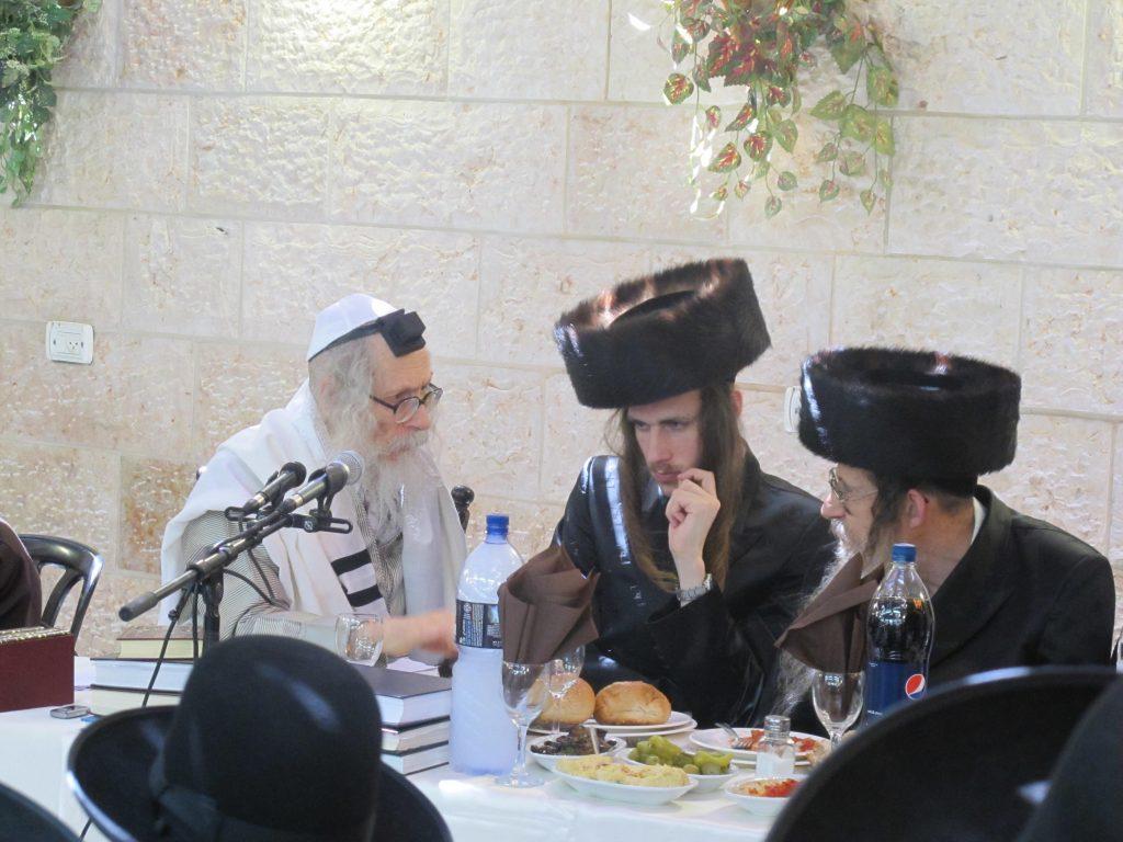 """הרב המקובל יהודה שיינפלד שליט""""א עם מורינו הרב אליעזר ברלנד שליט""""א"""
