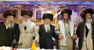מימין: הרב משה צנעני, הרב עופר ארז, הרב יהושע דב רובנשטיין, הרב מיכאל גול, הרב נחמן ברלנד