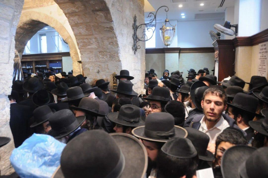 """מכל רחבי הארץ הגיעו לעצרת בקבר רחל - הגה""""צ הרב אליעזר ברלנד שליט""""א"""