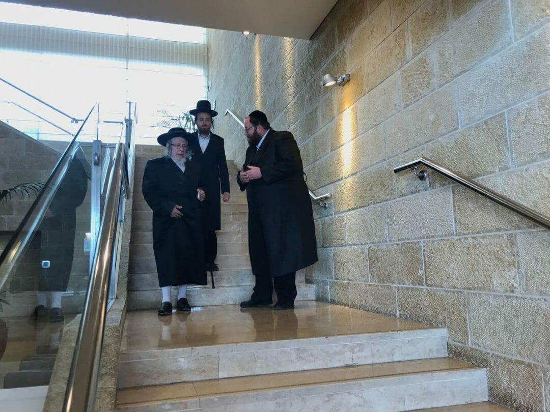 """האדמ""""ור מסטראפקוב שליט""""א, מזקני רבני ירושלים, הגיע איתי אל הרב ברלנד שליט""""א - רשמי העסקן אהרן בוימל"""