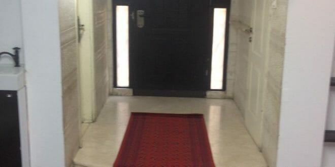 """השטיח האדום שנפרס לכבוד הגעתו של מורינו הרב ברלנד שליט""""א"""